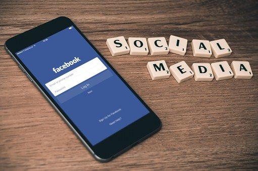 social-media-763731__340.jpg