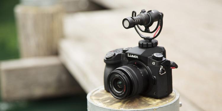 videomicro-on-lumix.jpg