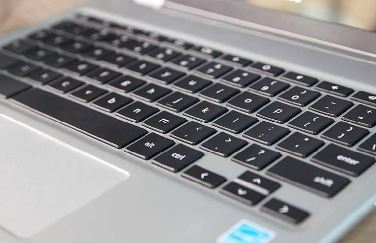 Ноутбук-Samsung-Chromebook-Pro-04.jpg